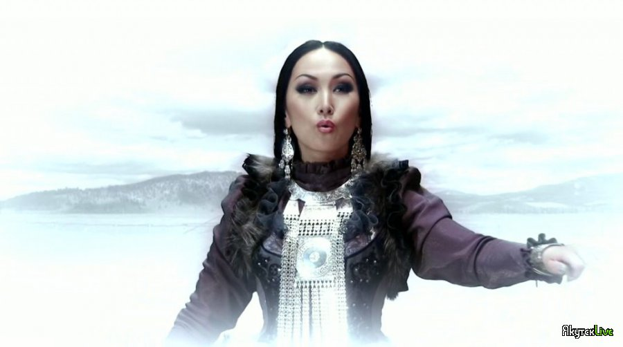 Photo of Yuliana – Uhuktuu (Tuva Türk )