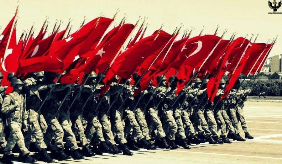 türk askeri -kapak